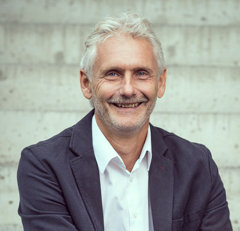 Mag. Markus Decker