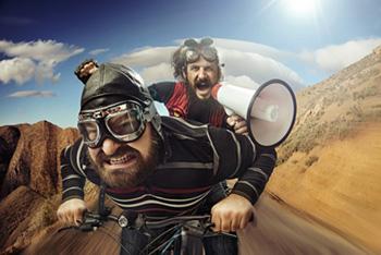 2 wilde Motorradfahrer