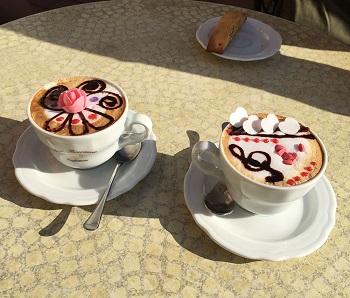 Cappuccino dekoriert